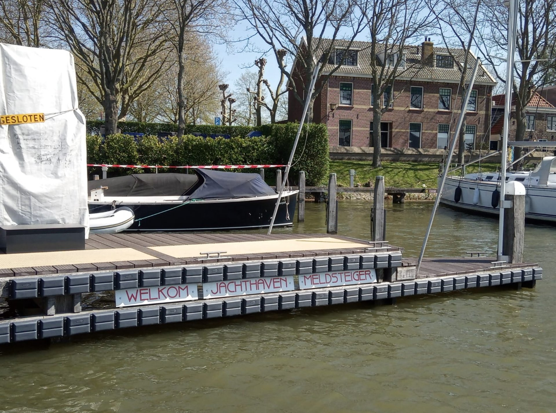 Grey Doppio Zero installed at Jachthaven Muiden entrance and fuel station